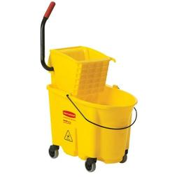 Rubbermaid Commercial Products 35 Qt. Wavebrake Mop Bucket W